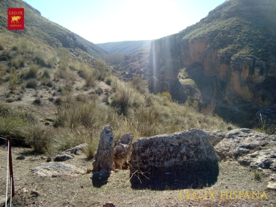 SEPULCRO 141 EN LA RUTA HOYAS DEL CONQUIN BAJO