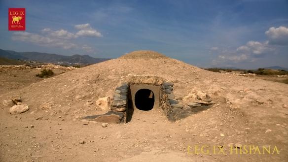 17 - RECONSTRUCCION DEL THOLOS O TUMBA 17