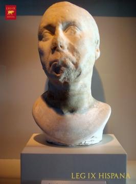 RETRATO DE ANCIANO - MUSEO ARQ CARTEIA