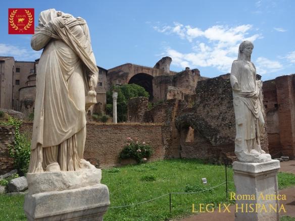 05-portico-del-atrium-vestae