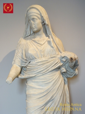 06-estatua-de-vestal