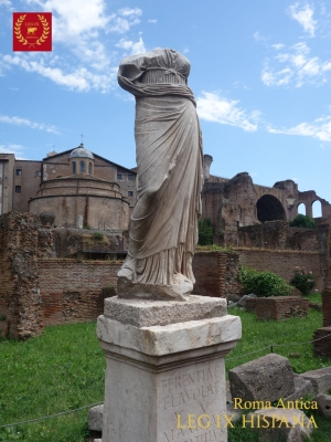 09-estatua-de-vestalis-maxima