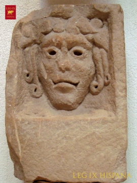 03-mascara-humana-museo-arq-castulo